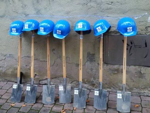 Platzgestaltung in Pleitersheim für die Verbandsgemeindeverwaltung Bad Kreuznach, Erd- und Pflasterarbeiten